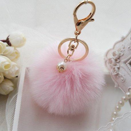 Přívěšek na klíče / Kožešinová koule, 8cm