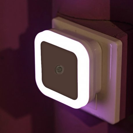LED noční světlo se sensorem, automatické zapínání. EU 220V 0.5W /poštovné ZDARMA!