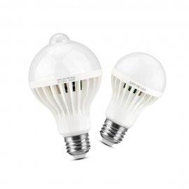 Chytrá LED žárovka reaguje na pohyb nebo zvuk! E27 3W/5W/7W/pW/12W 220V