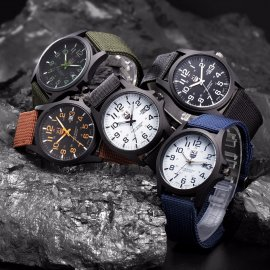 Vojenské analógové hodinky XI, analóg, nerez oceľ / Poštovné ZADARMO!