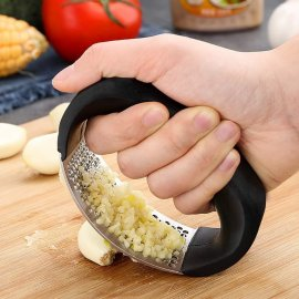 Stainless Steel Garlic Crusher / FREE Shipping!